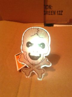 LED light suction cup skull nwt
