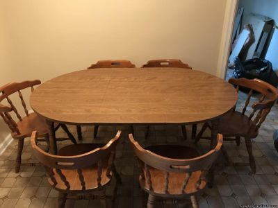 Maple Table w/6 Chairs