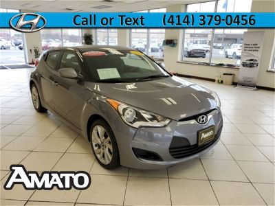 2016 Hyundai Veloster Base (Grey)