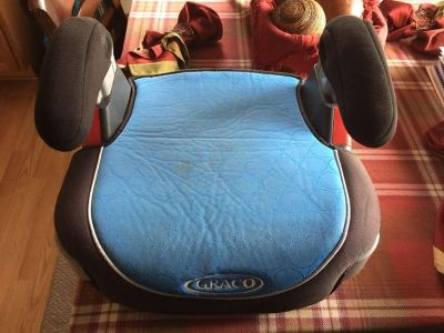Graco TurboBooster Backless Carseat