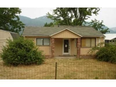 3 Bed 1 Bath Foreclosure Property in Myrtle Creek, OR 97457 - Cook St
