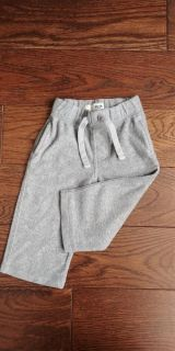 Old navy 12-18m pants with pockets