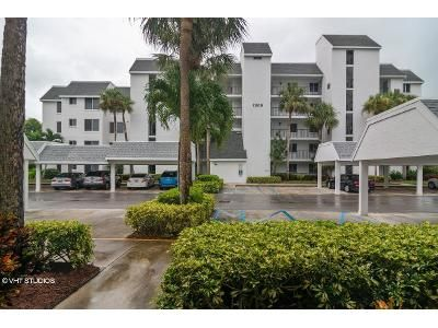 2 Bed 2 Bath Foreclosure Property in Fort Pierce, FL 34949 - S Ocean Dr7223