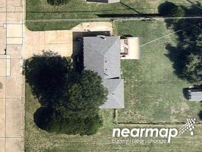 3 Bed 1.5 Bath Preforeclosure Property in Wichita, KS 67220 - N Gentry Dr