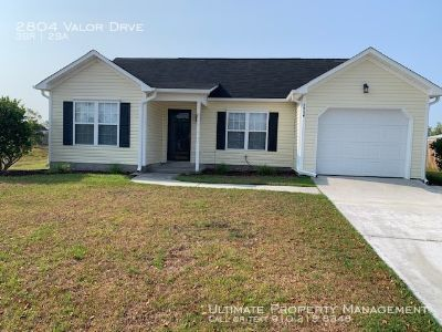 Rental Available July 1st in Whitney Pines! 3 Bedrooms and 2 Bathrooms