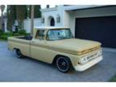 1962 Chevrolet C-10 Pickup Truck Crate 350 V8