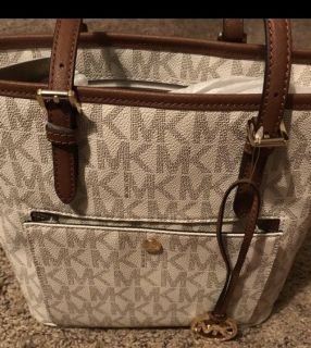 Michael Kors purse/new