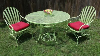 Iron 4 Piece Green Rocking Chair / Table Patio Set