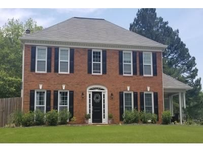3 Bed 2.5 Bath Preforeclosure Property in Kennesaw, GA 30152 - Elmhurst Ct NW