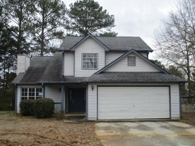 3 Bed 2.5 Bath Preforeclosure Property in Rex, GA 30273 - Meadow Ridge Ct