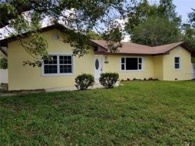 Newly Renovated 3 bedrooms 2/1 bathrooms Home is on PRICE REDUCTION!