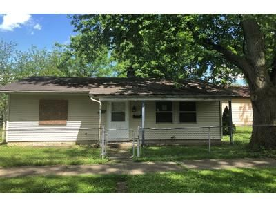 2 Bed 1 Bath Preforeclosure Property in Fort Wayne, IN 46808 - Center St