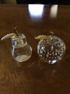 Apple and pear paper weights