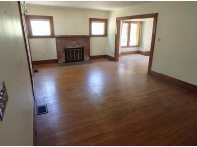 3 Bed 1 Bath Foreclosure Property in East Rochester, NY 14445 - S Washington St