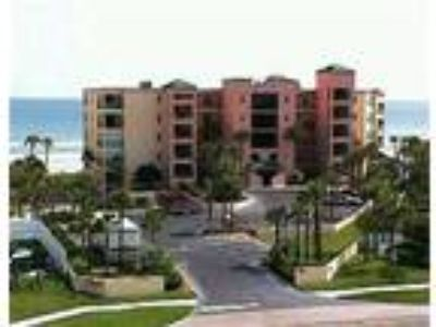 Three BR Oceanfront Condo w/2 OF Master Suites - Condo