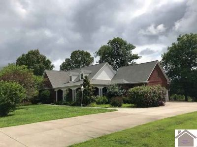 346 Eagle Lake Dr. BENTON, Beautiful brick home with 4