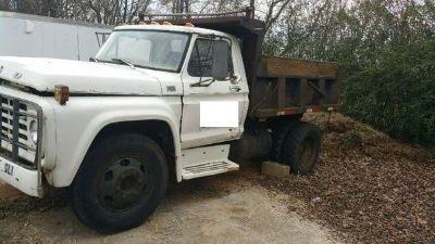 1974 Ford Dump Truck