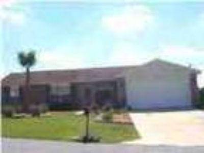Single Family Rental Home In Crestview