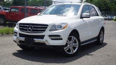 2014 Mercedes-Benz M-Class ML350 4MATIC (Polar White)