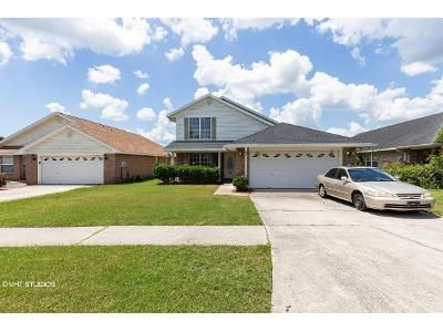 4 Bed 2.5 Bath Foreclosure Property in Jacksonville, FL 32244 - Cliff Cottage Dr