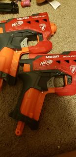 Nerf guns 2 available both with 2 bullets each