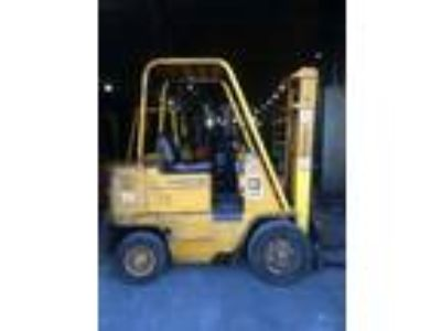 1900 CAT Lift Trucks V40B