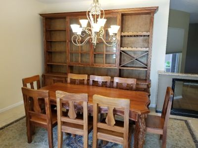 Dinning Room Table w/8 Chairs and China Cabinet!