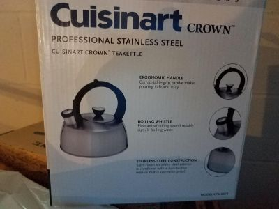New Cuisinart Crown 2 QT Stainless Tea Kettle