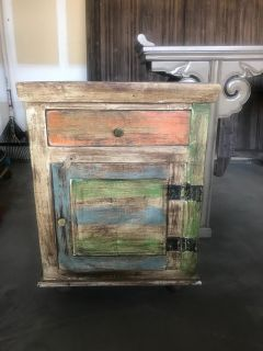 Cabinet/End Table