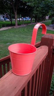 Fence Post Planter with Hook in Flamingo Coral