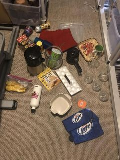 Bunch of kitchen items