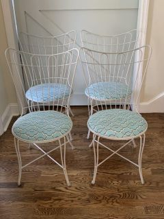 Set of 4 Vintage Metal Dining/Kitchen Chairs