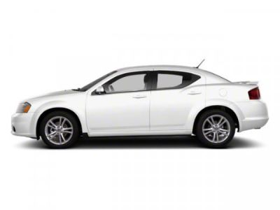 2013 Dodge Avenger SE (Bright White)