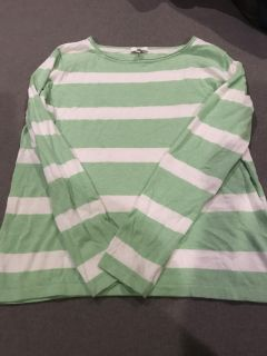 Joie cashmere blend sweater M