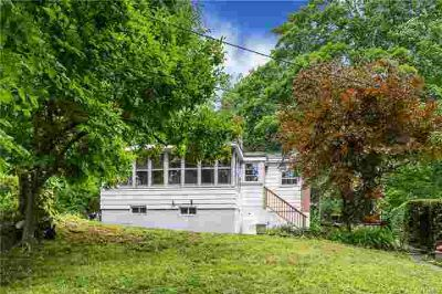 30 Maple Road LAKE PEEKSKILL Two BR, Move-in-Ready Affordable