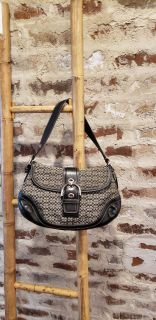 Authentic Coach Signature Soho Bag. Excellent Condition. Like New. Serial #A0885-F10926.