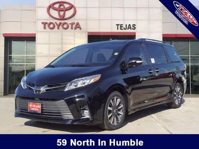 2019 Toyota Sienna XLE Auto Access Seat (Midnight Black)