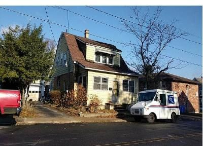 3 Bed 1 Bath Foreclosure Property in Waterbury, CT 06708 - Congress Ave
