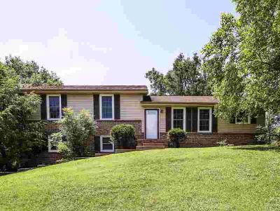 312 Mystic Hill Goodlettsville Four BR, Great home with many