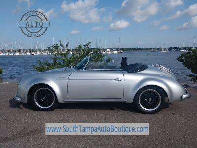 1957 Hyundai Santa Fe SE (Silver)