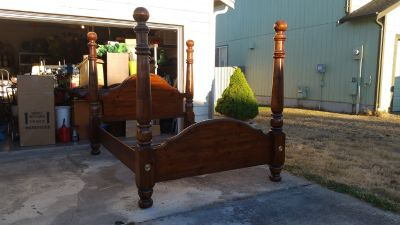 Four post Paul Bunyan Queen Bed