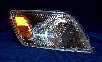 Find R Corner Lamp Light 97 98 99 Lexus ES300 1997 1998 1999 motorcycle in Saint Paul, Minnesota, US, for US $68.00