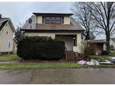 2 Bed 1 Bath Foreclosure Property in Canton, OH 44706 - Smith Ave SW