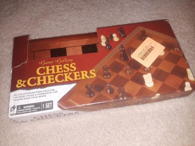 Brand new game gallery chess & checkers 1 set (great gift)