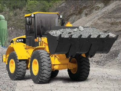 Heavy equipment & dump truck financing for all credit types