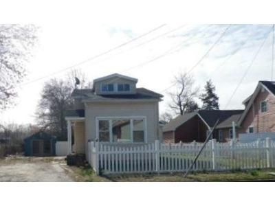 3 Bed 1.5 Bath Foreclosure Property in Pennsville, NJ 08070 - Dolbow Ave