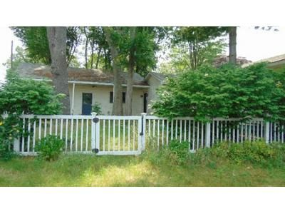 3 Bed 2 Bath Foreclosure Property in Stanwood, MI 49346 - Hidden Pt