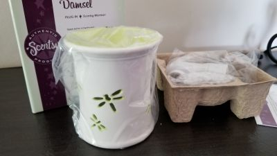 Brand new! Scentsy plug in
