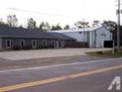 9300ft - FOR SALE - OFFICE / WAREHOUSE BUILDING FOR SALE UPPER