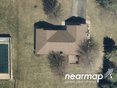 3 Bed 2 Bath Preforeclosure Property in New Palestine, IN 46163 - W Countryside Dr